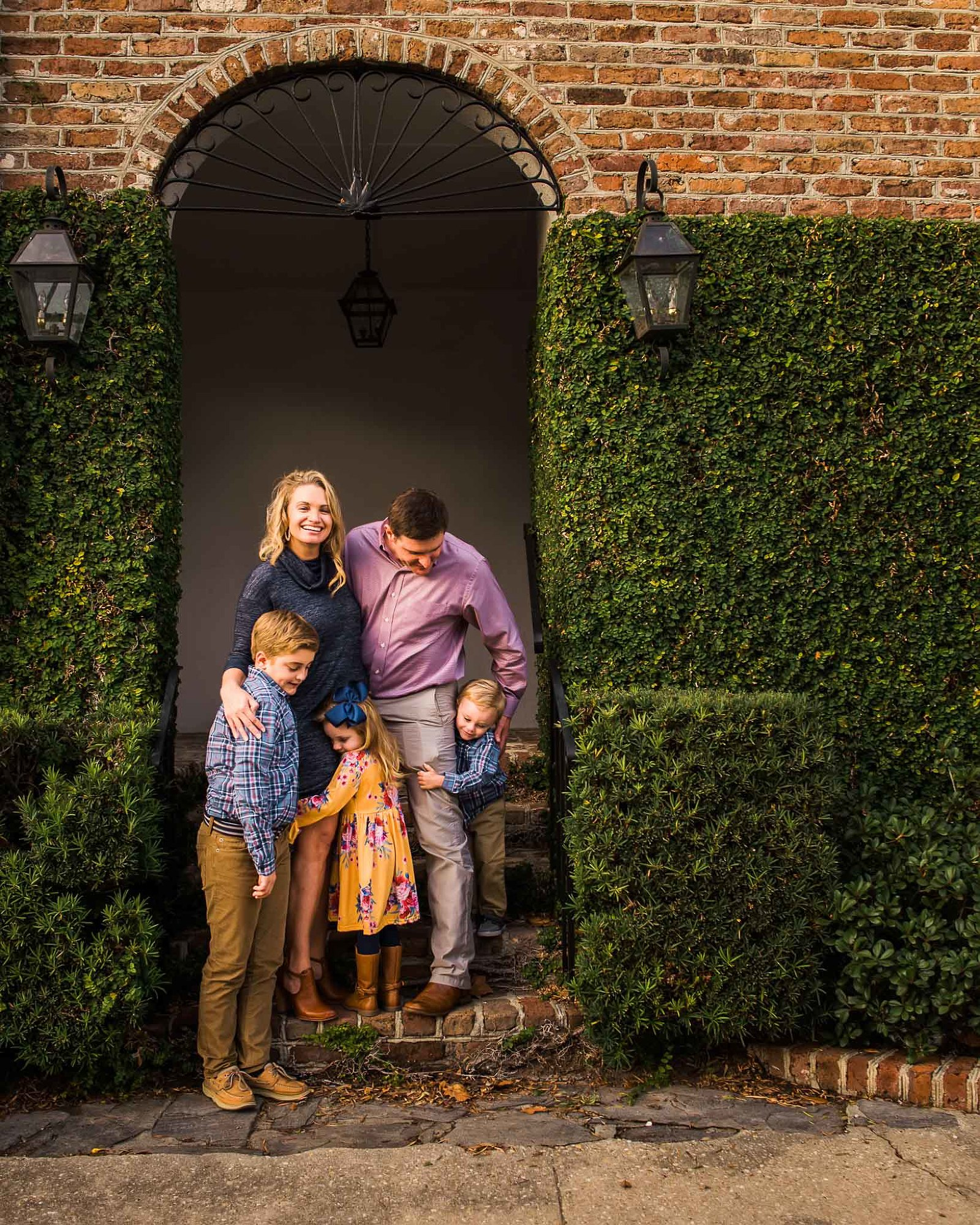 hugging family photography charleston area